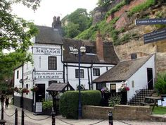 11.of the Oldest Pubs in england (Ye Olde Trip To Jerusalem - 1189)