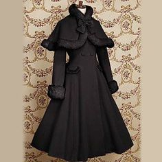 Long Sleeve Velvet Princess Classic Lolita Coat with Bow - EUR € 84.14
