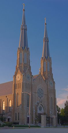Cathedral of Saint Mary of the Immaculate Conception, in Peoria, Illinois, USA - exterior front at sunset by msabeln, via Flickr