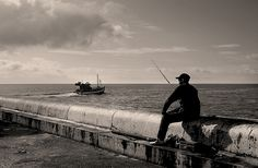 Kalkbay Fisherman photo by jacques bartie