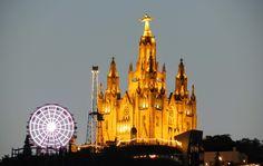 Resultado de imagen de vista nocturna barcelona