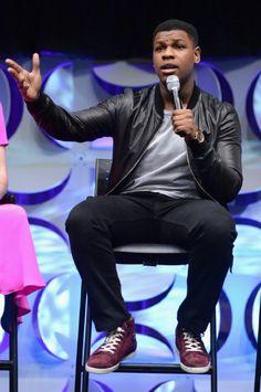 John Boyega at event of Star Wars: Episode VII - The Force Awakens (2015)