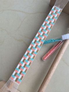 Native American Loom Beading Patterns Free Non Loom Bracelet Patterns, Seed Bead Patterns, Bead Loom Bracelets, Beaded Jewelry Patterns, Weaving Patterns, Box Patterns, Camo Patterns, Cuff Bracelets, Bead Loom Designs