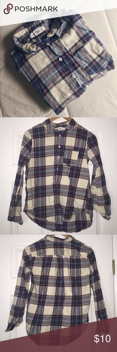 H&M L.O.G.G Plaid Flannel/Button Down Shirt This shirt is in EUC! Has been gently worn a few times. Was purchased at H&M. Size is US 4. Fits as M. Super comfy top! H&M Tops Button Down Shirts