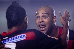 IMPERADOR VOLTOU! Flamengo oficializa o retorno de Adriano.