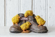 New Rustic Baby Chicken Chicks Work Boots ENJOY LITTLE  THINGS Statue Figurine  #Unbranded