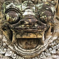 #protector #mask at the #Ubud #Palace #Bali #Indonesia