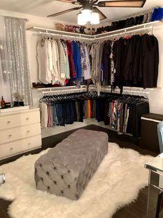 Corner closets special