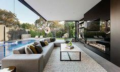 aménagement intérieur salon-canape-droit-table-basse-piscine-exterieur-encastre