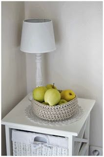 bandorka: Košíček na kupu jablíček :) Home Decor, Crochet, Decoration Home, Room Decor, Ganchillo, Home Interior Design, Crocheting, Knits, Chrochet