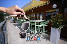 No olvides tus gafas de sol si vas a venir a comer a la terraza del #vamosalbully #Donostia #SanSebastian este fín de semana... Te esperamos