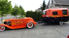 1932 Ford Roadster and Black'n'orange flame Boler Trailer Nice matching pair! Vintage Rv, Vintage Caravans, Vintage Travel Trailers, Vintage Campers, Small Trailer, Tiny Trailers, Camper Trailers, Classic Trailers, Ford Motor Company