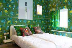 Room 5: Perfume room with the Vlisco brand by Piet Paris & Klaas Kuiken