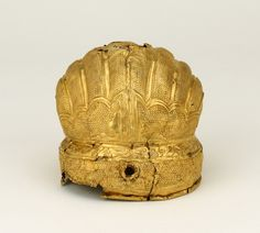 Object type: head-dress Materials: gold Period / culture: Ming dynasty Production date: 1368-1644 Findspot: China Department: Asia