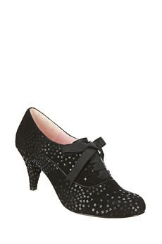 Shoes and clothes for Women on MonShowroom.com