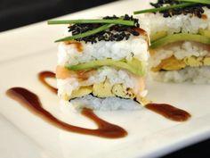 Hulpmiddelen voor sushi…. wél of niet? http://food-blogger.com/nl/sushi-blog/hulpmiddelen-voor-sushi-wel-of-niet/  Er zijn inmiddels heel wat sushi hulpmiddelen op de markt. Blijkbaar vinden we het sushi rollen toch nog maar wat lastig. Of we houden gewoon van kekke gadgets, dat kan natuurlijk ook. Maar zijn ze eigenlijk wel zo handig, die sushi hulpmiddelen? Zou de gemiddelde Japanner ons bovendien niet... http://i1.wp.com/food-blogger.com/nl/wp-content/uploads/sites/2