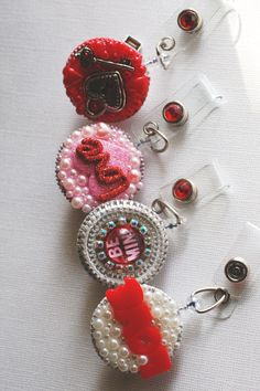 ID Badge Reels....visit www.zipperedheart.etsy.com Custom Badges, Id Badge Reels, Name Badges, Lanyards, Badge Holders, Business Ideas, Biscuit, Crafty, Zipper