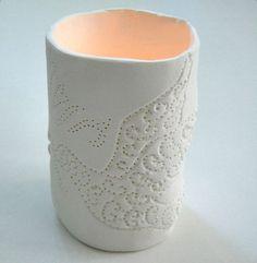 Teelichtleuchter aus weißem lufttrockenden Ton