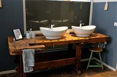 Workbench as washbasin + accessories! Vintage Loft, Vintage Industrial, Vintage Stil, Industrial Loft, Living Spaces, Restoration, Sweet Home, New Homes, Interior Design