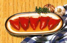 INGREDIENTES:   - 2 latas de pimientos del piquillo enteros, para rellenar  - 50 gr. de aceite de oliva  - 4 dientes de ajo fileteados  - 1 ...