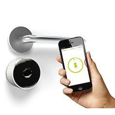 Produktabbildung Bluetooth-Türöffner Danalock V125 mit Universal-Schließzylinder