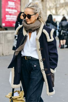 Street Spy: Fashion Week Style – Shala Monroque Street Spy: Fashion Week Style Tommy Ton Shoots the Best Street Style at the Fall Shows Mature Fashion, Fashion Mode, Fashion Over 50, Look Fashion, Winter Fashion, Womens Fashion, Paris Fashion, Fashion Trends, Korean Fashion