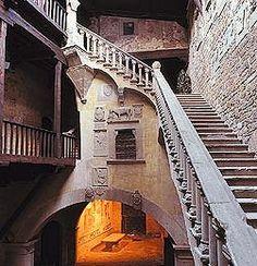 Castle of Poppi in Tuscany & Castles in Arezzo: the Castle of Poppi in Casentino
