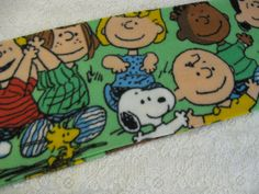 Charlie Brown Peanuts Gang Winter  Fleece Scarf Snoopy Woodstock