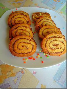 Σαμπλε με Μερεντα syntagesapospiti.blogspot.gr Greek Desserts, Greek Recipes, My Recipes, Cooking Recipes, Recipies, Sweets Cake, Pie Cake, Brownie Recipes, Biscuits