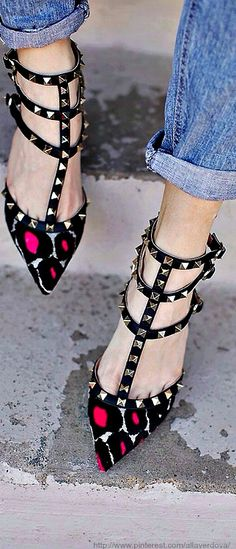 Valentino... I need this beauties on my life <3