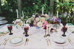 Vintage inspired wedding table: http://www.stylemepretty.com/2014/11/04/modern-meets-vintage-garden-inspiration/ | Photography: Katie Pritchard - http://katiepritchardphoto.com/