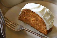 Notre meilleur gâteau aux carottes avec glaçage au fromage à la crème - Un bon gâteau qui régalera la famille tout le weekend !