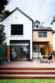 Best Modern Farmhouse Exterior Design Ideas (35)