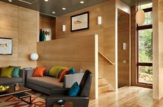 Modern Guest House by Odell Construction