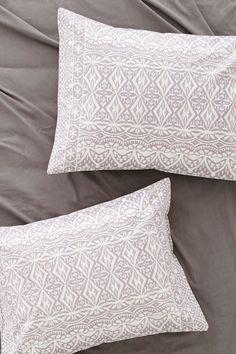Plum & Bow Agra Stripe Sham Set - Urban Outfitters