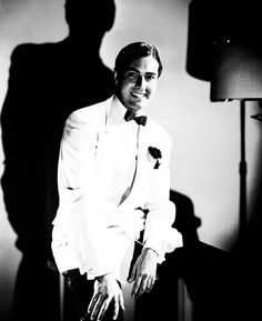 Tyrone Power Old Hollywood Movies, Vintage Hollywood, Classic Hollywood, Hollywood Style, Tyrone Power, Power Photos, Power Star, Star Wars, Dapper Men
