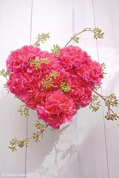 lovely heart centerpiece