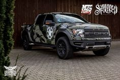 FORD F150 RAPTOR Combat camo Ford F150 Raptor, Cherokee, Honda, Army Camouflage, Bmw, Car Wrap, Car Brands, Audi A3, Offroad