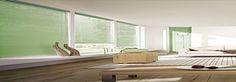 Stor Perde Yıkama Firmaları Ev dekorasyonunun önemli parçaları olan stor perdeler, yerinde yıkama işlemi ile oldukça basit ve kolay bir şekilde yıkanabiliyor. Elbette stor perdelerinizi evde bireysel uğraşlarınız ile yıkayabilmeniz de mümkün olabilmekte.  Ancak bu işlemler genel itibariyle perde silmekten öteye gidememektedir. Apre kaplama olan plastik yapılı ve sert duruşlu bu perdeleri, yıkamak için geniş bir alana ihtiyacınız bulunmaktadır.  Balkon gibi dar mekanlarda perde katlama yapac