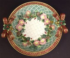 Fitz and Floyd Christmas Wreath Round Serving Bowl with Box