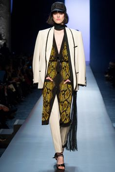 See all the Collection photos from Jean Paul Gaultier Spring/Summer 2015 Couture now on British Vogue Haute Couture Paris, Spring Couture, Couture Fashion, Jean Paul Gaultier, Paul Gaultier Spring, Vogue Fashion, Fashion Week, High Fashion, Fashion Show