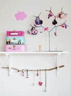Very sweet for girls bedroom Baby Bedroom, Dream Bedroom, Girls Bedroom, Girl Bedroom Designs, Little Girl Rooms, Kid Spaces, Happy Kids, Kids Decor, Kids House