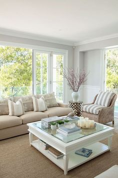 Beautiful Sunroom Decorating Ideas - Once you have your sunroom completed, then the hard part of the job starts the decorating. You may have some sunroom decorating ideas in mind but once. Coastal Living Rooms, Home Living Room, Hamptons Decor, Sunroom Decorating, Sunroom Ideas, Small Sunroom, Living Room Decor Inspiration, Beach House Decor, Home Decor