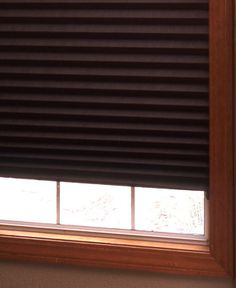 Redi Shade Block Out Shades stop 99% of sunlight to create a calm, soothing oasis. Perfect for baby's rooms, daytime sleepers or your media den. Pleated paper shades readily install in less than one minute – just trim, peel and stick! No need for drills, screws or brackets, these cord-free shades secure with 2 low-profile clips. Inside/outside mount.