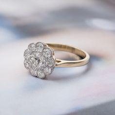 Romantic vintage Edwardian diamond flower ring <3