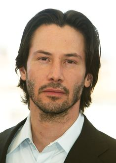 50 interesting facts about Keanu Reeves: Why does he always look so sad, the most generous actor in Hollywood