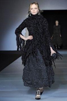 Giorgio Armani: collezione A/I 2011-12 a Milano Moda Donna