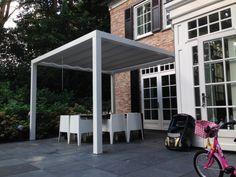 Tuininrichting :: Luxxout :: Terrasoverkappingen :: Solem Soltis Breedte 300 cm (polyester) - Lek Tuinmaterialen