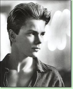 Photo of River for fans of River Phoenix 882388 River Phoenix, River I, Pretty Boys, Cute Boys, Phoenix Images, My Own Private Idaho, Press Kit, Most Beautiful Man, Beautiful People