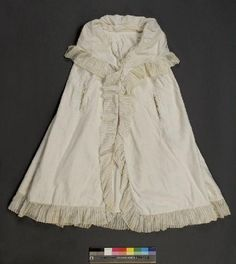 Cape, unlined cotton, 1776-1800, near Arles, France.